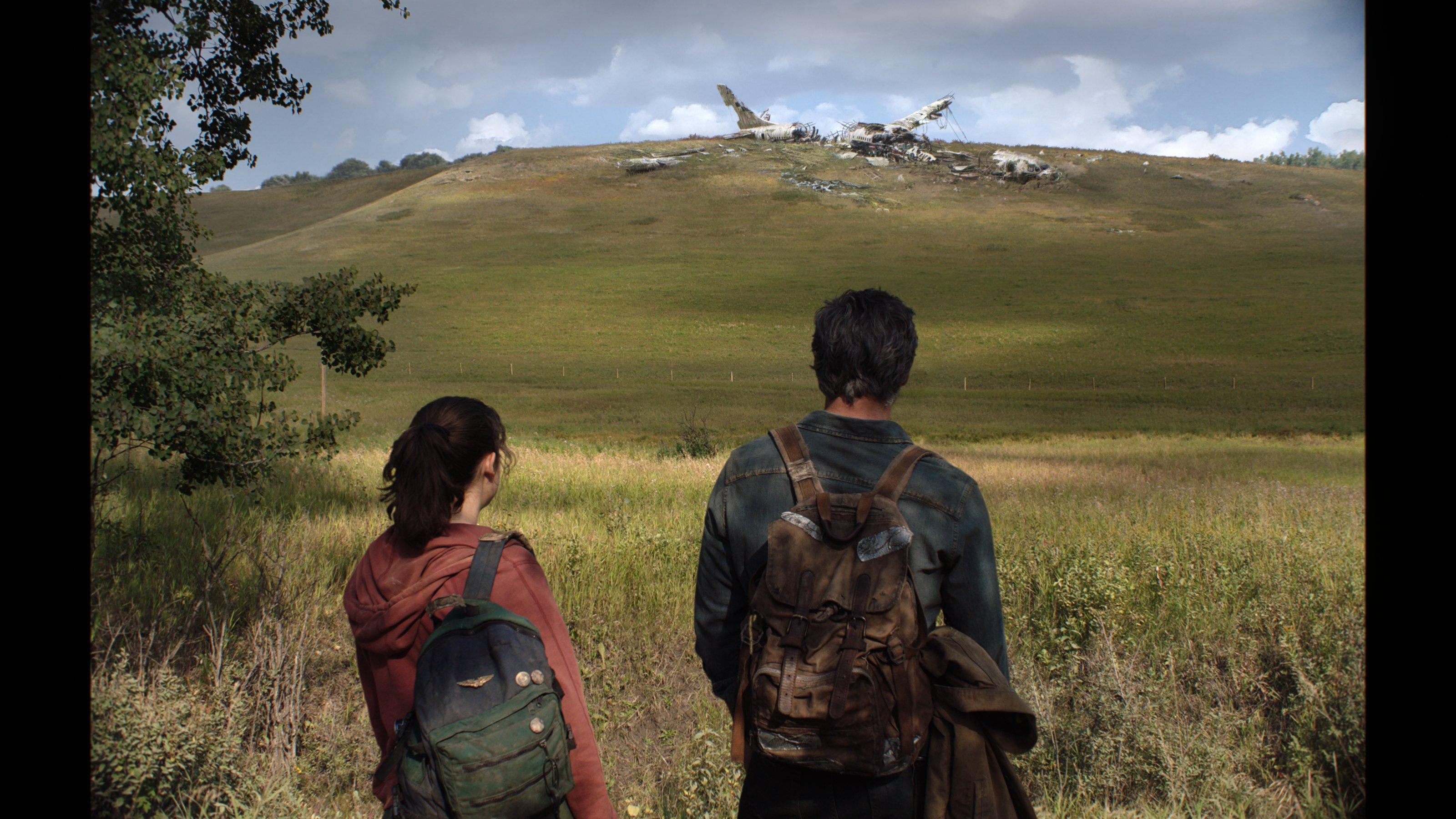 The Last of Us | Novas Imagens do set mostram Pedro Pascoal e Bella Ramsay como Joel e Ellie